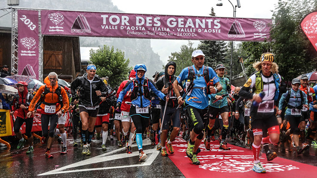 La partenza del Tor des Geants 2013 (ph archivio TdG)
